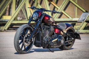 Harley Davidson Breakout Ricks Softail 118